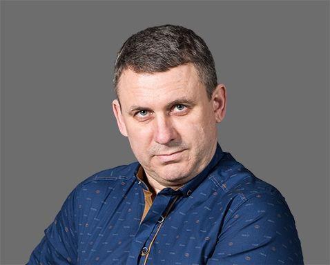 Петров <br />Евгений Валентинович